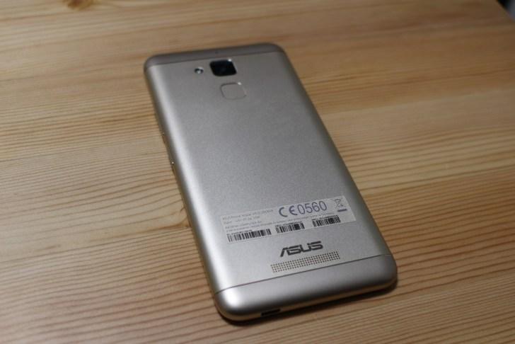 ZenFone 3 Max 背面