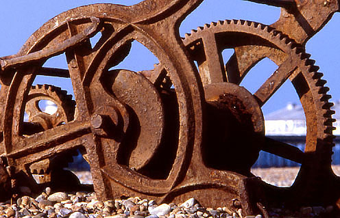 Rusty Winch by Geoff Lawrence