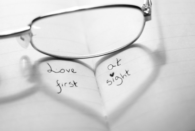 cinta pada pandangan pertama
