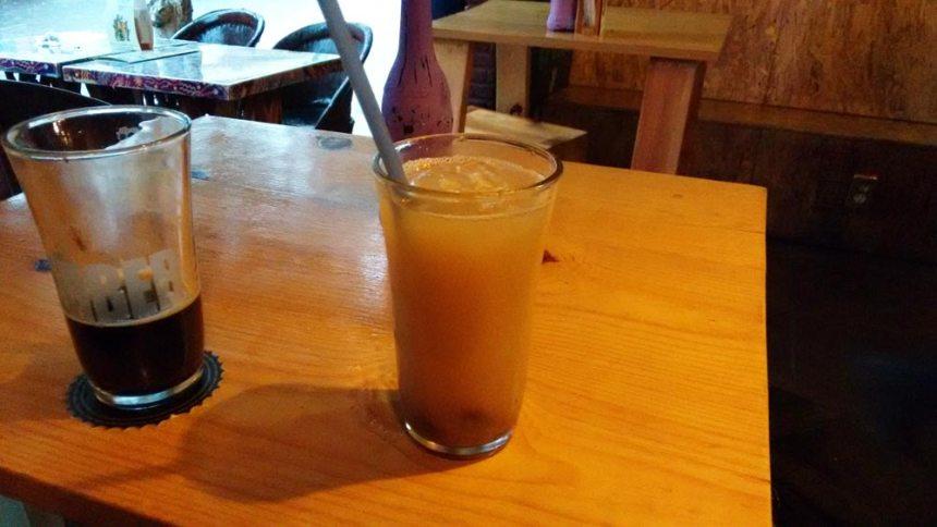 Pulque de sabor y cerveza artesanal en Tlaquepaque