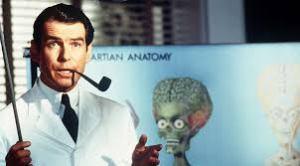 Pierce Brosnan in Mars Attacks!