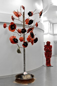 Retford's Poppy Tree Memorial Sculpture