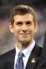 Is following in John Wooden's footsteps enough to lure Brad Stevens to UCLA?