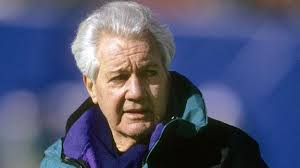 Not many can be both a broadcaster and cool guy, but Pat Summerall made both seem easy.