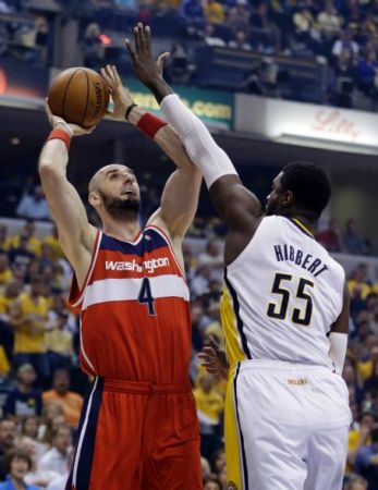 Marcin Gortat would fit right in with the Pacers - one game he struggles to score two points.  Tonight, he threw in 31.
