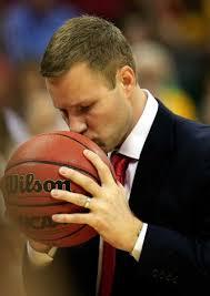 Fred Hoiberg loves teaching basketball, and fans should love him back.