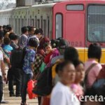Rel Patah, Jalur KRL Jakarta-Bogor Terhambat