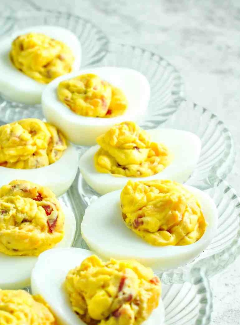 Bacon Cheddar Deviled Eggs #keto #ketogenicdiet #lowcarb #lchf