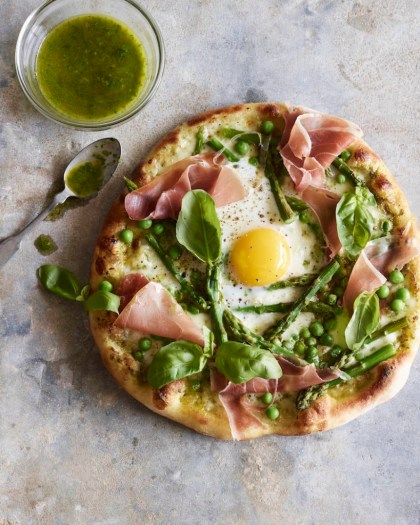 Pea-Prosciutto-Spring-Pizza-with-an-Egg