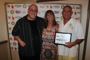 Best Contractor (John Bartus, Laura and Crhis Gratton)