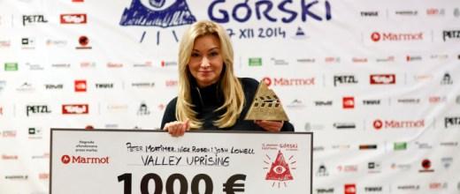 Martyna Wojciechowska z jury prezentuje Grand Prix KFG 2014 (fot. Wojciech Lembryk)