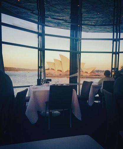 Dinner date sex in Sydney