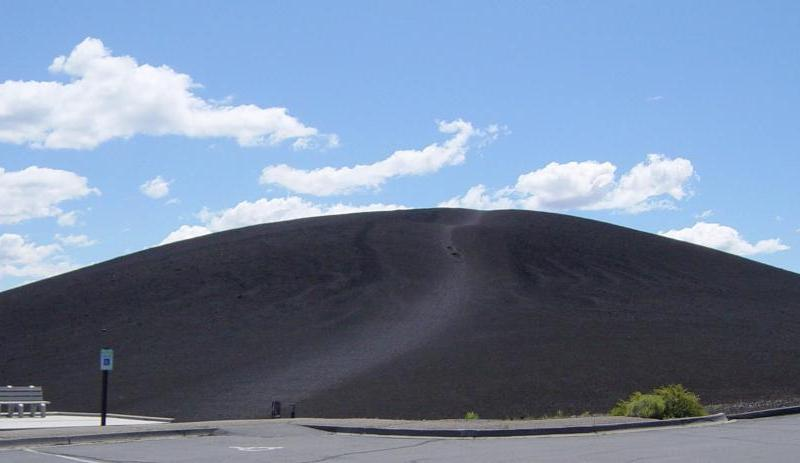 Craters_of_the_Moon_National_Monument-10_wiki