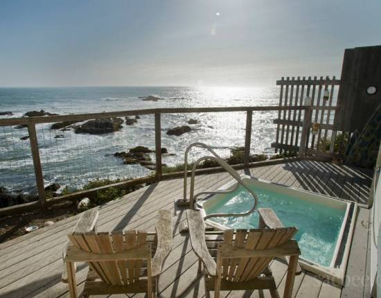 The spectacular view from the Pigeon Point Hostel, CA. Hot tubs are only open to guests 6 and up.
