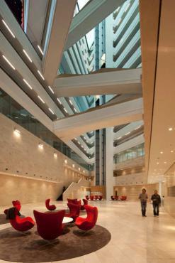 Tham quan khiên trúc độc đáo của tòa nhà Ericus Và Spiegel / Henning Larsen Architects
