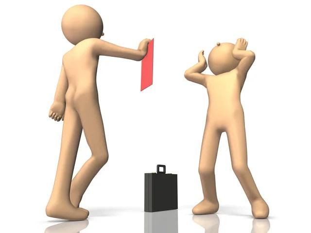 不当解雇とされないために必ずおさえておきたい「懲戒解雇」と「普通解雇」の違い