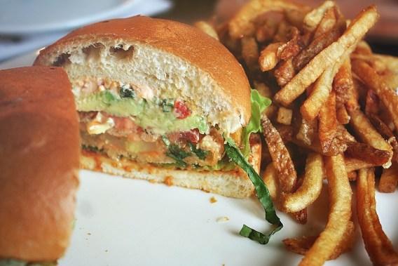 fried green tomato sandwich2
