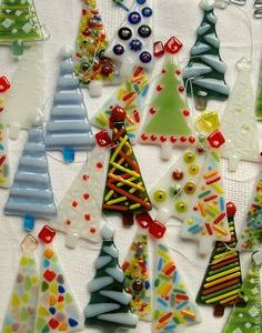 fused-glass-christmas-ornaments-2