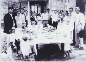 L to r: Glover & Minnie Reaves, Irwin Reaves, Reva & Mrs Smith (?), Ada Reaves Clyatt, Mabel Reaves Johnson, Creacy Reaves Bronson, Ida Reaves Martin, Edwin Johnson, Albert & Lloyd Bronson, Asbury Reaves, Abbie & Sallie, Jimmie Reaves (great grandma), Mary & William Walker (Minnie Reaves' parents), James Reaves (great grandpa). Children: Kenneth Clyatt, Lindsey Clyatt, Irene Johnson, Olin Reaves, Creasy Reaves, Wilma Martin, Edith Reaves, Ruth Martin, friend of Mary & Mary Reaves, and Eunice Bronson.