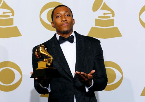 Lecrae Tells 1 Million Fans He' s Not The Man People Think He Is