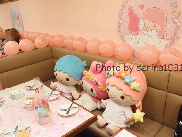 キキ&ララ♥マイメロディ 40th anniversary cafe店内