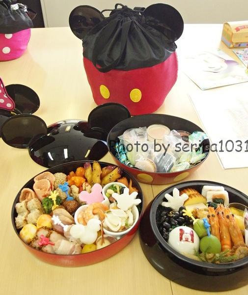ミッキーマウスおせち料理2016