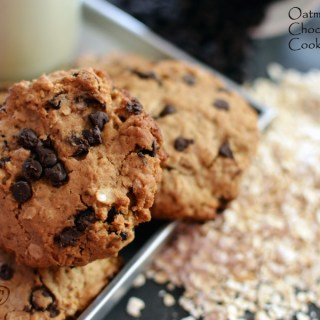 %Oatmeal and Chocolate Chip Cookies