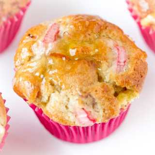 Rhubarb and marzipan muffins - Sweet, tangy and very moreish.