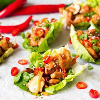 Juicy, spicy, fresh and healthy - these Asian lettuce wraps have got it all!