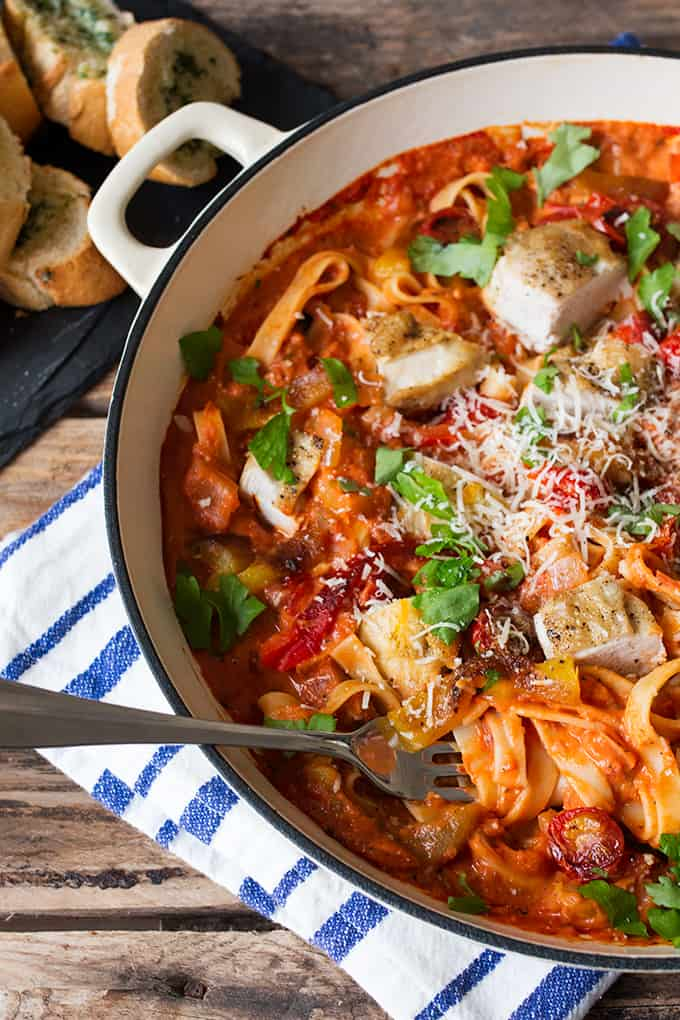 Add extra flavour to your pasta dishes by scorching some tomatoes and peppers under the grill. Mix into a creamy-tomato sauce with tagliatelle and chicken for a dinner that's less than 470 calories!