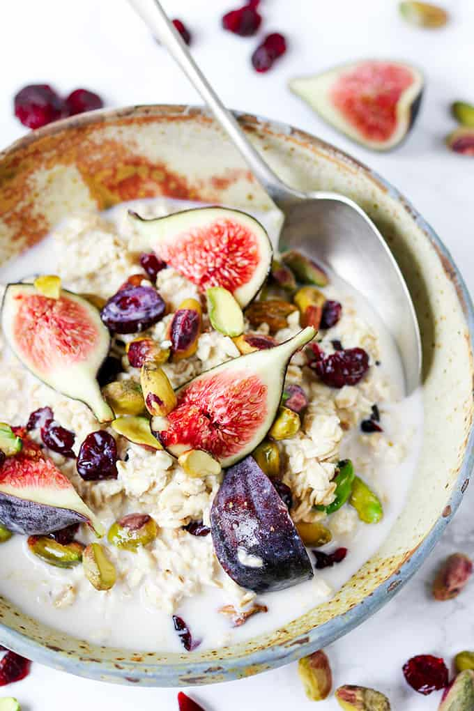 Overnight Oats with Figs and Pistachios - prep the night before so you can grab as you run out the door!