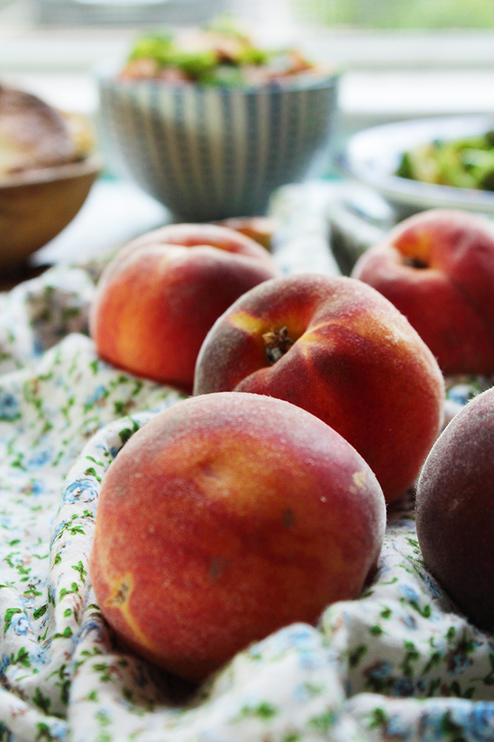 eat a lot of peaches