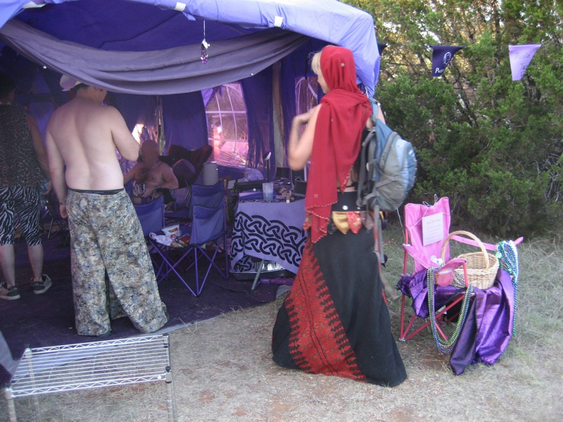 Two Burners arrive at the Cult of the Purple Taco. Pyropolis, 2008. Image by Michael 7.0.