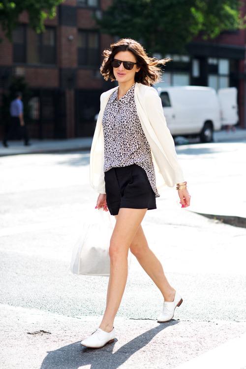5 тенденций повседневной одежды лета 2012 —строгие шорты