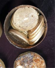 A treasure of gold coins valued at 10 million dollars found in America