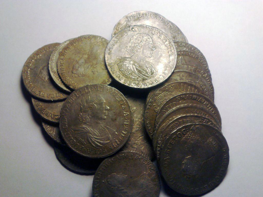 Большая подборка кладов серебряных монет царских времен :: н.
