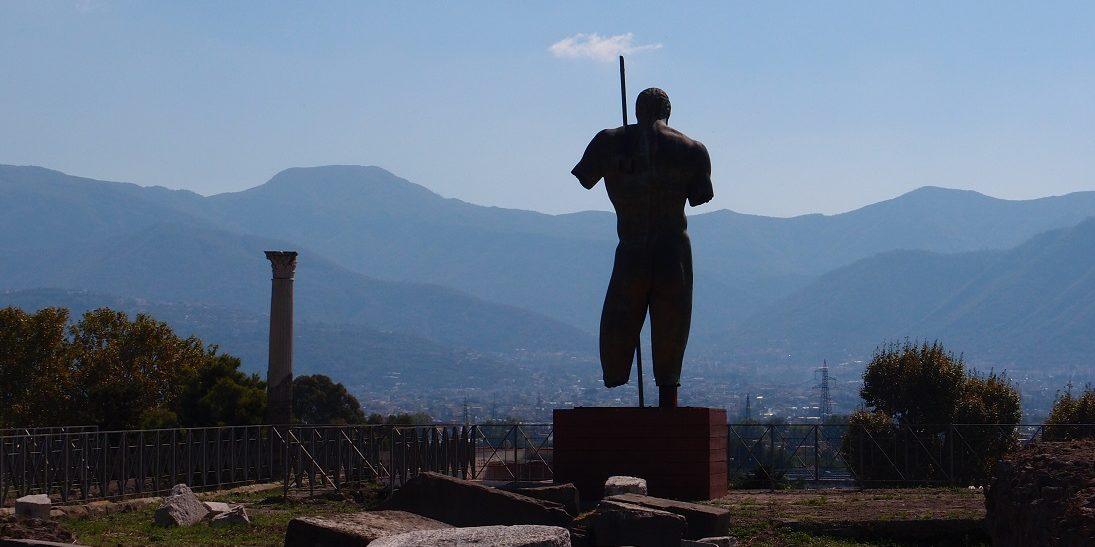 Za hradby Pompejí