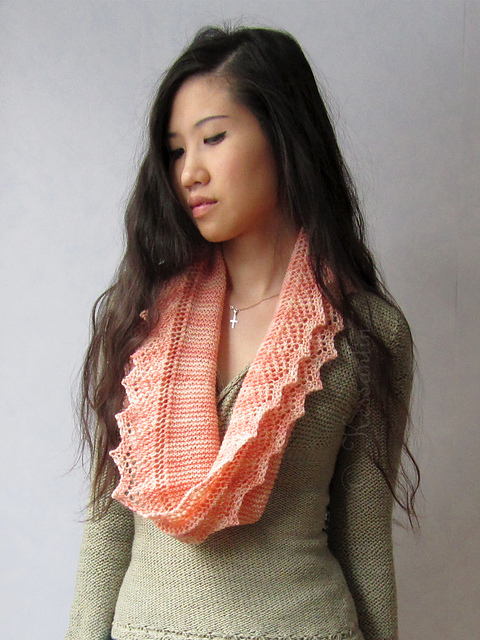 Modification Monday: Amortentia Cowl | knittedbliss.com