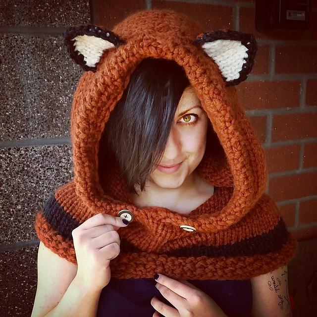 Modification Monday:  Foxy Hooded Cowl | knittedbliss.com