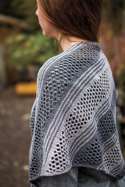 Review: Knit Picks Aura Collection | knittedbliss.com
