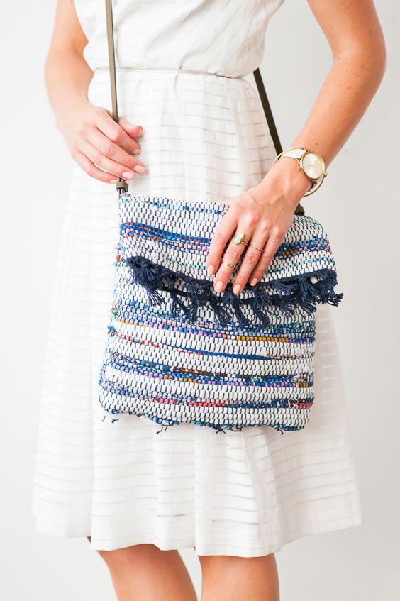 Pin Ups and Link Love: DIY Summer Satchel | knittedbliss.com