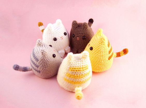 Pin Ups and Link Love: Crochet cats | knittedbliss.com