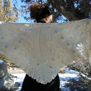 Modification Monday: Milk Run Shawl | knittedbliss.com