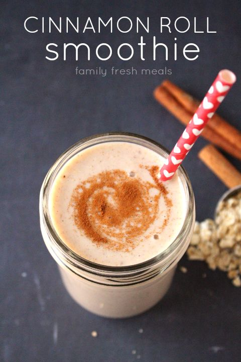Pin Ups and Link Love: Cinnamon Roll Smoothie| knittedbliss.com