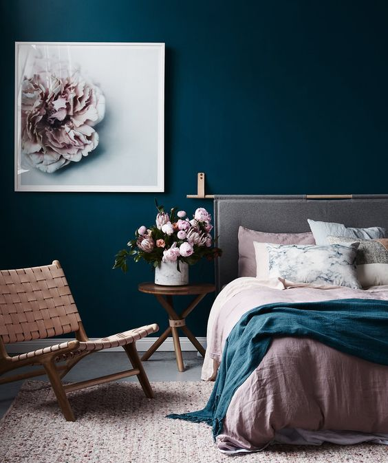 Pin Ups and Link Love: The Perfect Bedroom | knittedbliss.com