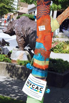 vancouver yarn bombing