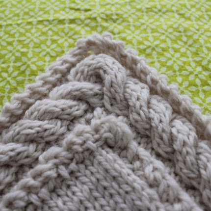 How to Knit a Continuous Cable Border - Knitting