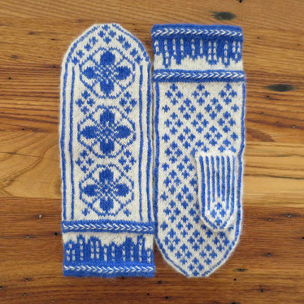 knit mittens inspired by delft pottery