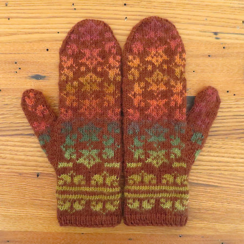 Leafy Mittens to Knit for Fall