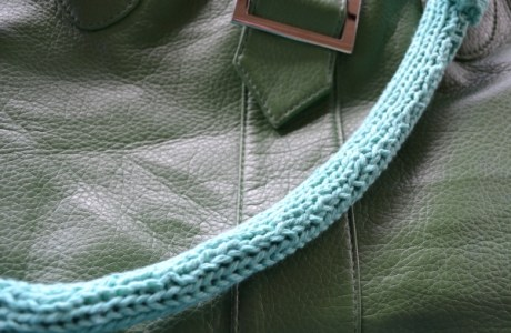 knit purse strap upcycle
